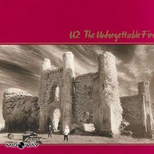 De vinyl album van de band U2 met de titel The Unforgettable Fire (Lp)